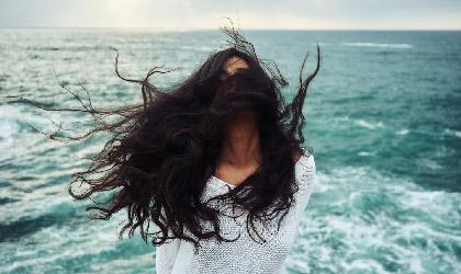 Yıpranmış Saçları 4 Adımda Kurtarmak için Yapılması Gerekenler